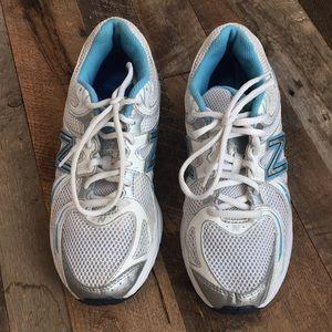 Women's New Balance Running Shoe Size 8